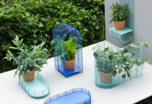plant-holders-created-by-eindhoven-based-designer-thomas-vailly-for-a-summer-installation-at-the-former-residence-of-the-dutch-royal-family-2